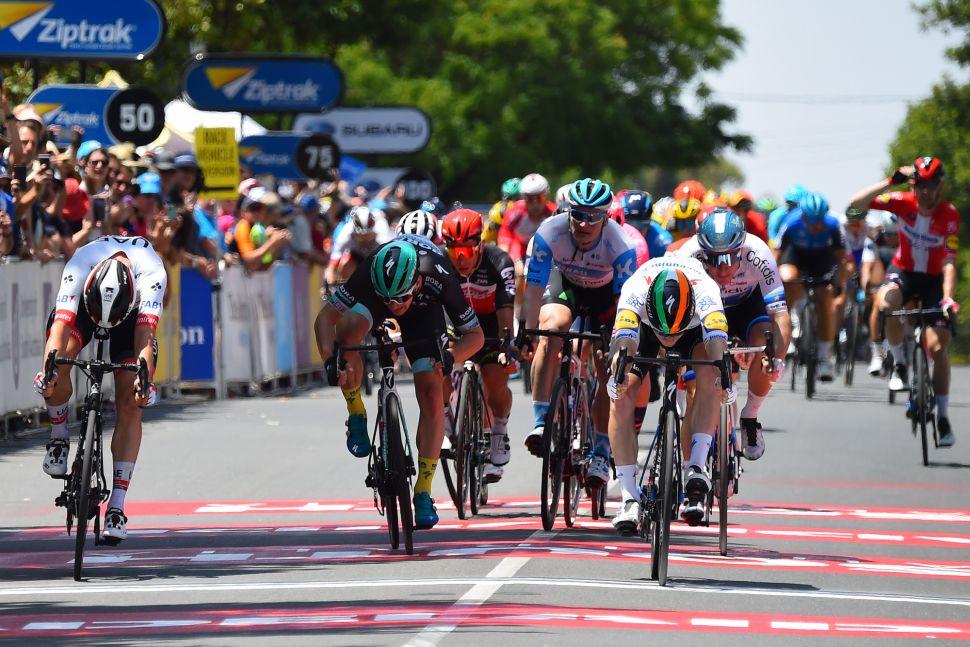 Sam Bennett abre Tour Down Under com uma vitória