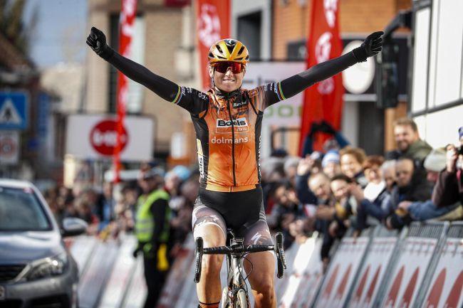 Boels domina GP Le Samyn des Dames e entrega vitória a Chantal Blaak!