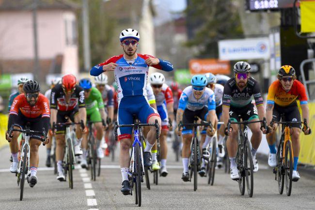 Bonifazio surpreende os principais sprinters!