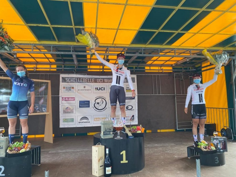 Lorena Wiebes estreia-se a vencer pela Sunweb!