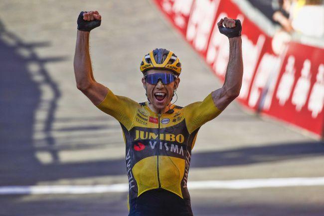 Wout van Aert afirma-se com vitória na Strade Bianche!