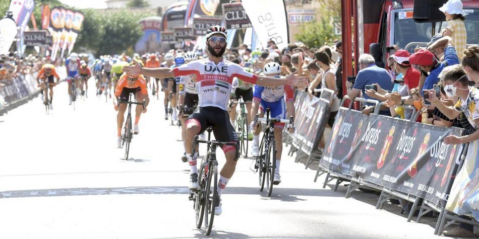 Fernando Gaviria volta às vitórias no Giro della Toscana!