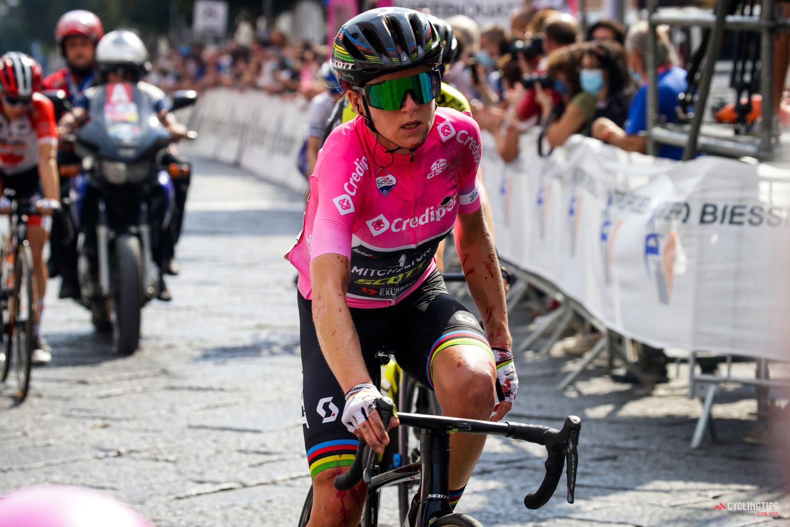 Luta pela geral reaberta no Giro Rosa!