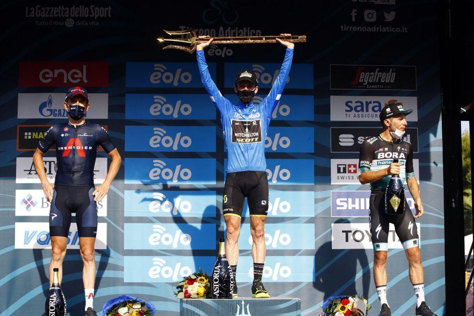 Simon Yates consagrado Rei do Tirreno Adriatico, em dia de show de Ganna!