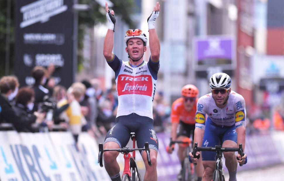 Mads Pedersen e Jolien d'Hoore triunfam na Gent – Wevelgem!