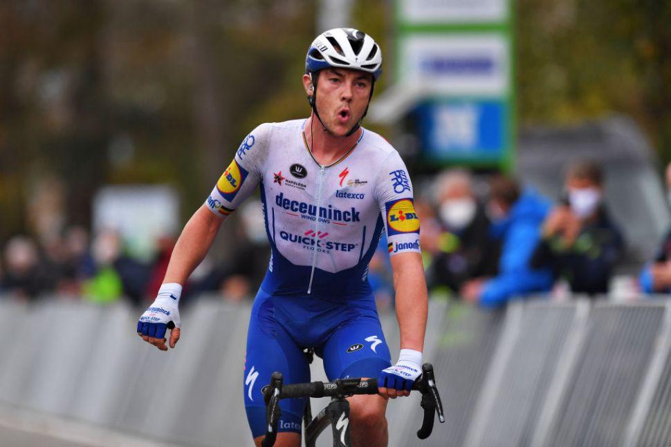 Lampaert sai da ventosa Driedaagse Brugge-De Panne vitorioso!