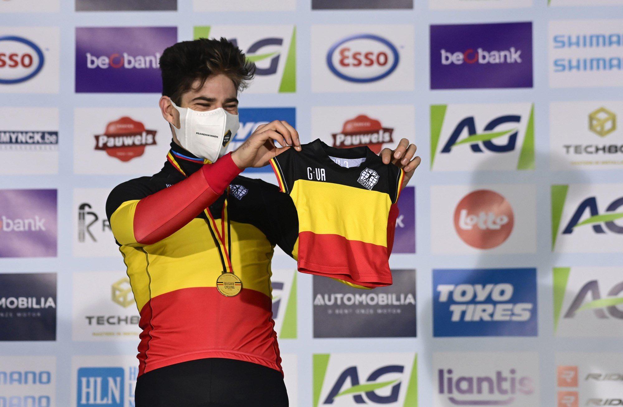 CX: Van Aert domina nacionais belgas, Venturini vence em França!