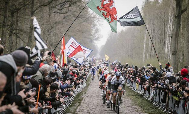 Paris-Roubaix adiado para outubro!