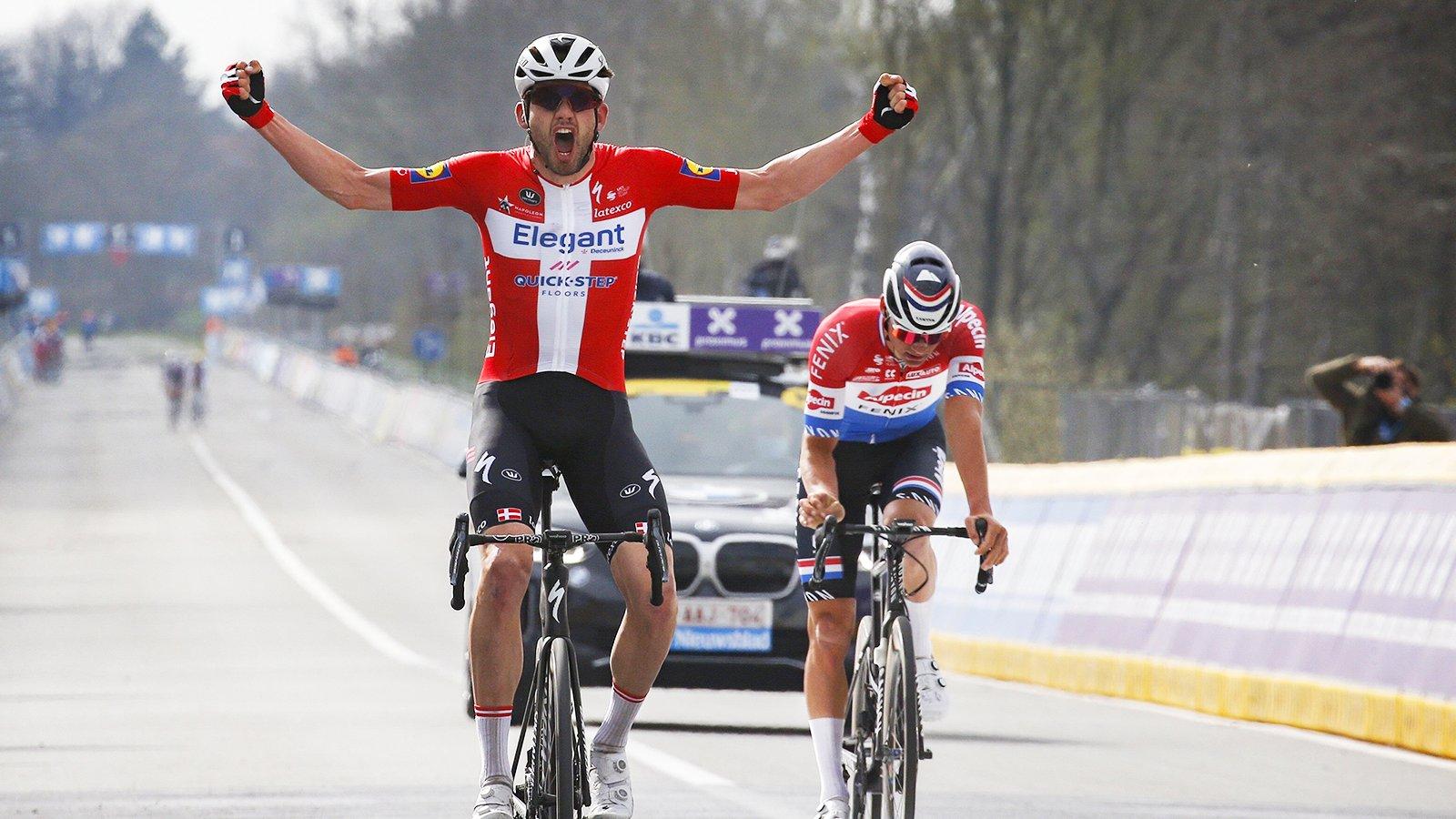 Dia de Páscoa com surpresa! Kasper Asgreen vence o Tour de Flandres!