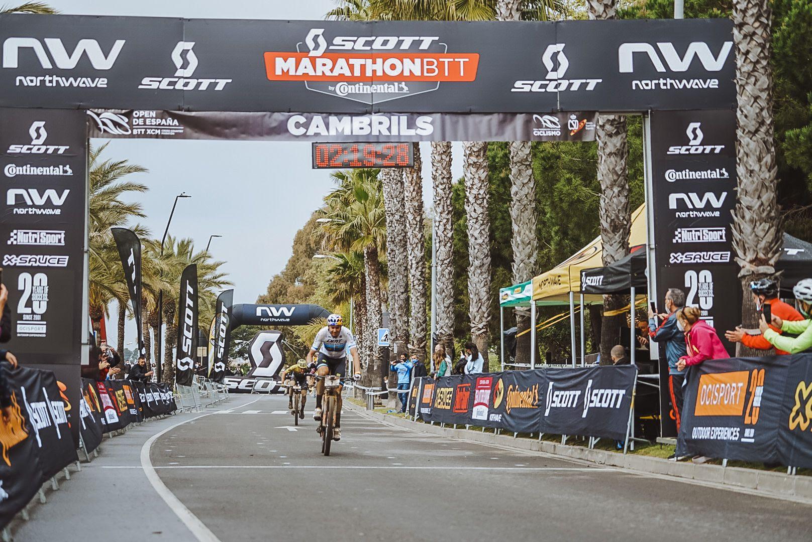 Tiago Ferreira líder do Open de Espanha, depois da vitória na Scott Marathon Cup – XCM