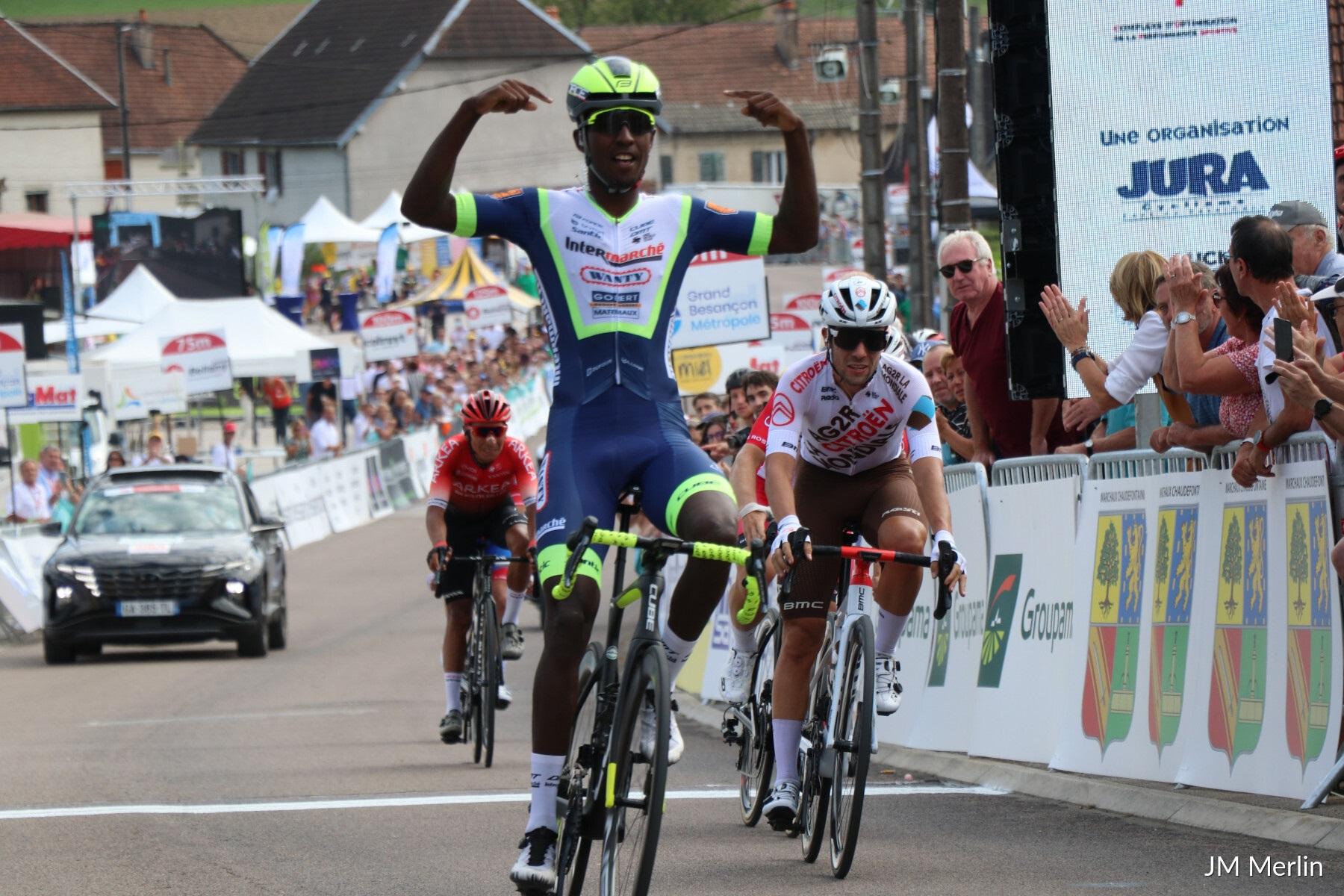 Biniam Girmay vence pela primeira vez pela Wanty na Classic Grand Besançon Doubs!