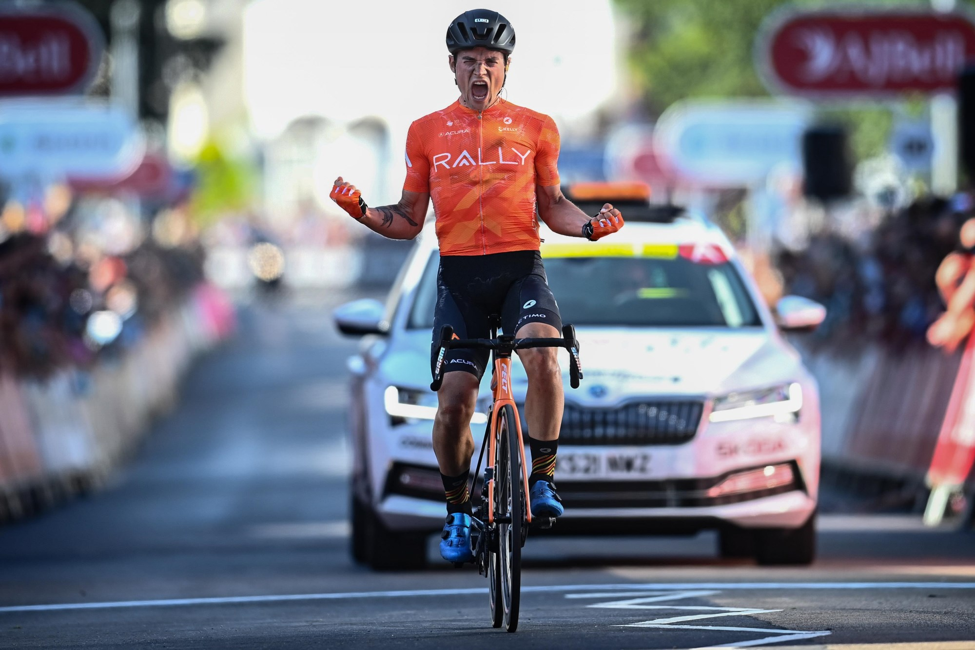 Robin Carpenter vence etapa 2 e é o novo líder do Tour of Britain!